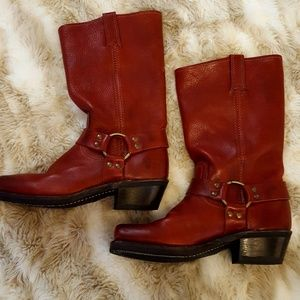 *Never Worn* Frye Harness 12R Boots